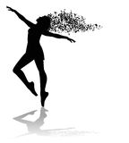 Silhueta do dançarino e de notas musicais Fotografia de Stock