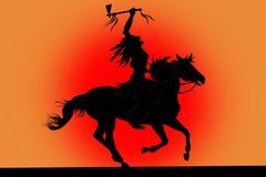 Silhueta do homem indiano que senta-se em um cavalo Fotos de Stock Royalty Free