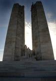 Silhueta do memorial de guerra canadense, Vimy Ridge, Bélgica Imagens de Stock
