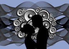 Silhueta do menino e da menina no backg abstrato da música Fotos de Stock Royalty Free