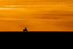 Silhueta do motociclista Fotografia de Stock