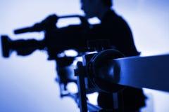 Silhueta do operador cinematográfico Imagens de Stock