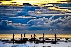 Silhueta e céu nebuloso Fotografia de Stock Royalty Free