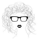 Silhueta monocromática do retrato encaracolado da menina com vidros Imagens de Stock