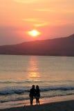 Silhueta na praia Imagens de Stock Royalty Free