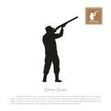 Silhueta preta de um caçador em um fundo branco Homem que dispara em um injetor ilustração do vetor
