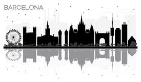 Silhueta preto e branco da skyline da cidade de Barcelona com reflectio Imagens de Stock