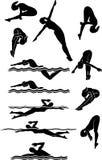 Silhuetas da fêmea da natação & do mergulho Fotos de Stock Royalty Free