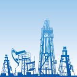 Silhuetas da plataforma petrolífera Imagem de Stock Royalty Free
