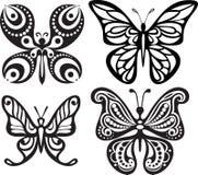 Silhuetas das borboletas com o tracery aberto das asas Desenho preto e branco Jantando a decoração Foto de Stock