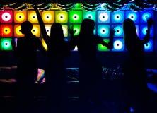 Silhuetas de povos da dança Imagens de Stock