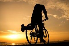 Silhuetas do ciclismo Imagem de Stock Royalty Free