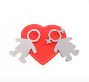 Silhuetas dos homens, das mulheres e do coração no fundo branco C feliz Fotografia de Stock Royalty Free