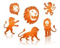 Silhuetas dos leões ajustadas Fotografia de Stock