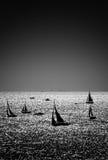Silhuetas dos veleiros Imagens de Stock