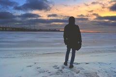 Silhuette in de noordelijke zonsondergang Royalty-vrije Stock Fotografie