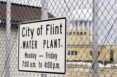 Silice, Michigan: Città di Flint Water Plant Sign Fotografia Stock