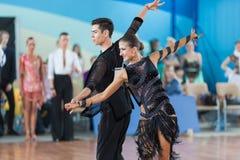 Silich Sergey och Borovskaya Olga Perform Youth Latin-American Program Arkivfoton