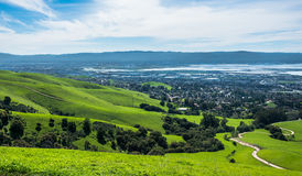 Silicon Valley-Panorama vom Auftrag-Spitzen-Hügel stockfotos