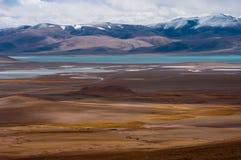 Siling Lake in Tibet. Siling Lake and mountain in Tibet, China Royalty Free Stock Photos