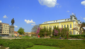 Silistra town square,Bulgaria. Monument of the fallen for freedom Dobroudjamen and the Art Gallery building at Silistra town central square,Bulgaria.Silistra is Stock Image