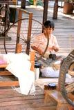Silk изготовление на озере Inle, Бирме Мьянме Стоковое Изображение