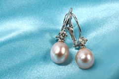 Silk And Pearls Royalty Free Stock Photo