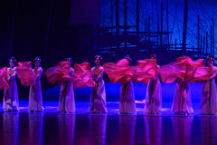 """Silk dance-Dance drama """"The Dream of Maritime Silk Road"""". Dance drama """"The Dream of Maritime Silk Road"""" centers on the plot of two generations of Stock Images"""