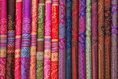 silk kinesiska scarfs Arkivbilder