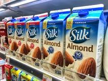 Silk Mandelmilch Lizenzfreie Stockbilder