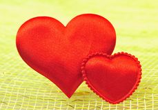 Silk röd hjärta Arkivfoto