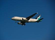 Silkair A319-132 auf Schluss Lizenzfreies Stockbild