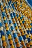 Silla azul en estadio del deporte Foto de archivo