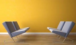 Silla cuatro en la pared amarilla Imagenes de archivo