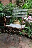 Silla de jardín rústica Imagen de archivo