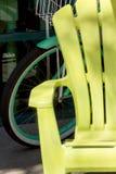 Silla de playa amarilla Foto de archivo libre de regalías
