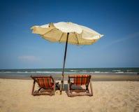 Silla de playa de los pares Imagen de archivo libre de regalías