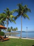 Silla de playa en centro turístico tailandés Imagenes de archivo
