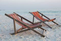Silla de playa en la playa Fotos de archivo libres de regalías