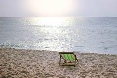 Silla de playa verde Imagen de archivo libre de regalías