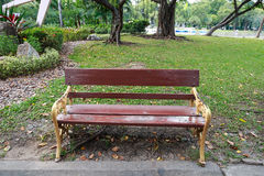 Silla en el parque Fotos de archivo