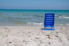 Silla en la playa Foto de archivo libre de regalías