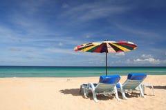 Silla gemela en la playa Imagen de archivo