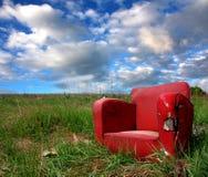 Silla roja en naturaleza foto de archivo libre de regalías