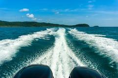 Sillage d'un ferry-boat Photo stock