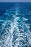 Sillage dans l'océan Photos libres de droits