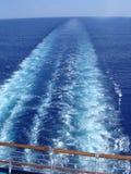 Sillage de bateau de croisière Images libres de droits