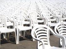 Sillas blancas Imagen de archivo libre de regalías