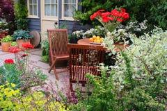 Sillas de jardín Imagen de archivo libre de regalías