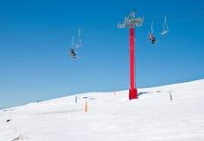 Sillas de la elevación de esquí Fotografía de archivo libre de regalías